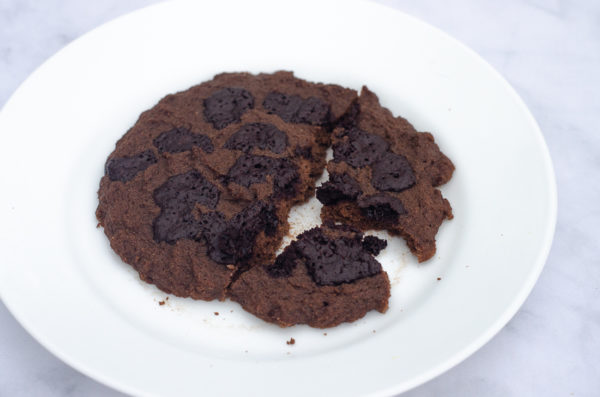 Looking for a super quick dessert that takes just a few minutes? This microwave giant double chocolate cookie was made for you! Keto, low-carb, Paleo, sugar-free, gluten-free, grain-free, dairy-free.